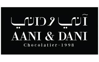 aani-and-dani-chocolate-macron-cake-ulaya-riyadh-saudi