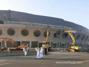 18yeardold-ship-shaped-building-demolished-in-jeddah-_saudi
