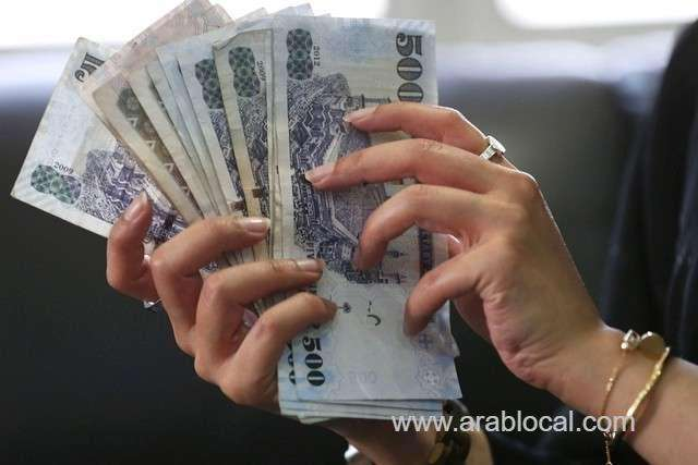 two-expat-workers-arrested-for-stealing-one-million-saudi-riyals-saudi