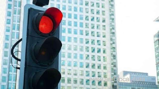 5-controls-to-follow-before-turning-right-at-red-traffic-signal-in-saudi-arabia-saudi
