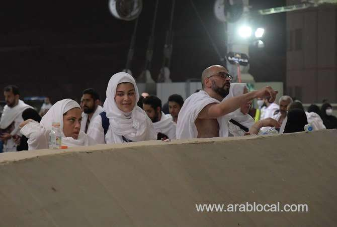 stoning-at-jamarat-al-aqaba-marks-first-day-of-eid_kuwait