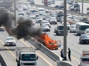saudi-driver-miraculously-escaped-death-after-his-vehicle-burst-into-flames_saudi