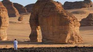 elephant-mountain-in-al-ula-saudi-arabia_saudi